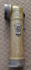 Eveready TL-122 flashlight
